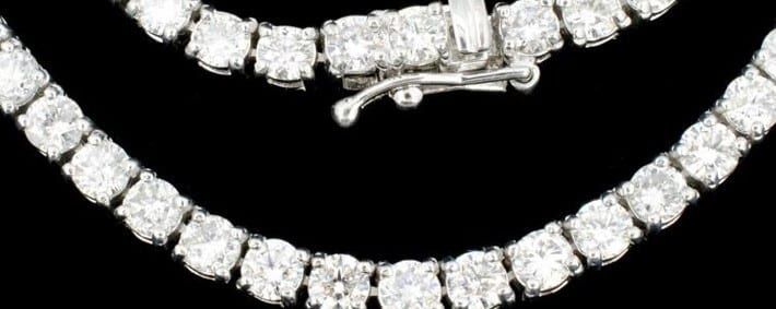Diamond Necklace Wows at Auction – SOLD at $9,700!