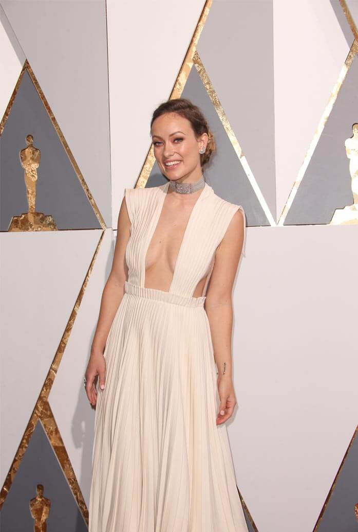 Olivia Wilde at the 2016 Oscars, wearing a Neil Lane choker. PR Photos.