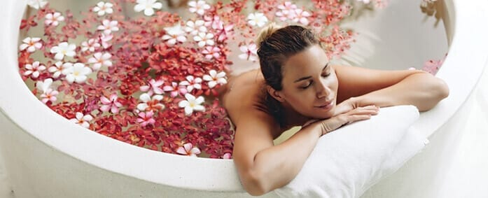 A 5-Step Nighttime Ritual to Renew Your Energy