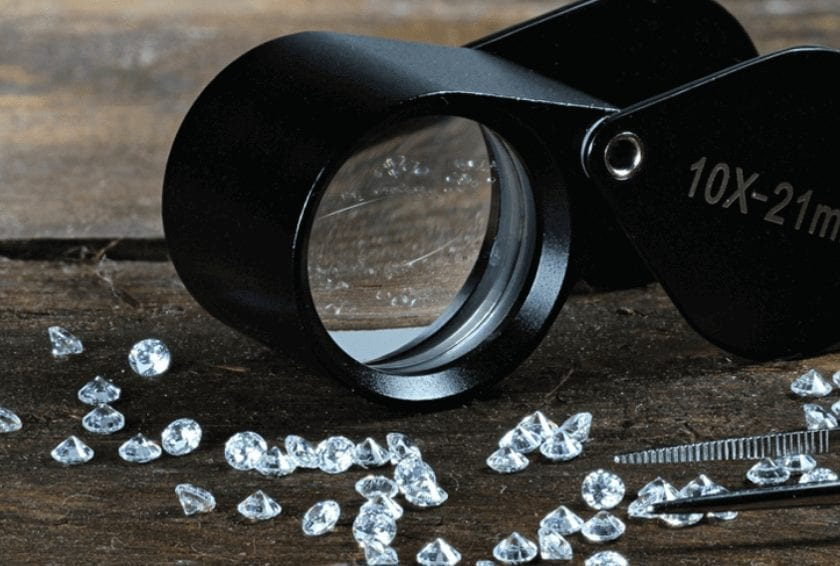 Diamond Clarity: Can It Be Identified with the Naked Eye