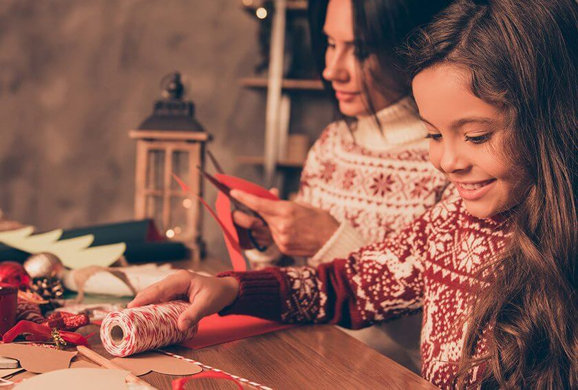 7 Ideas to Celebrate the Holidays Without Breaking the Bank
