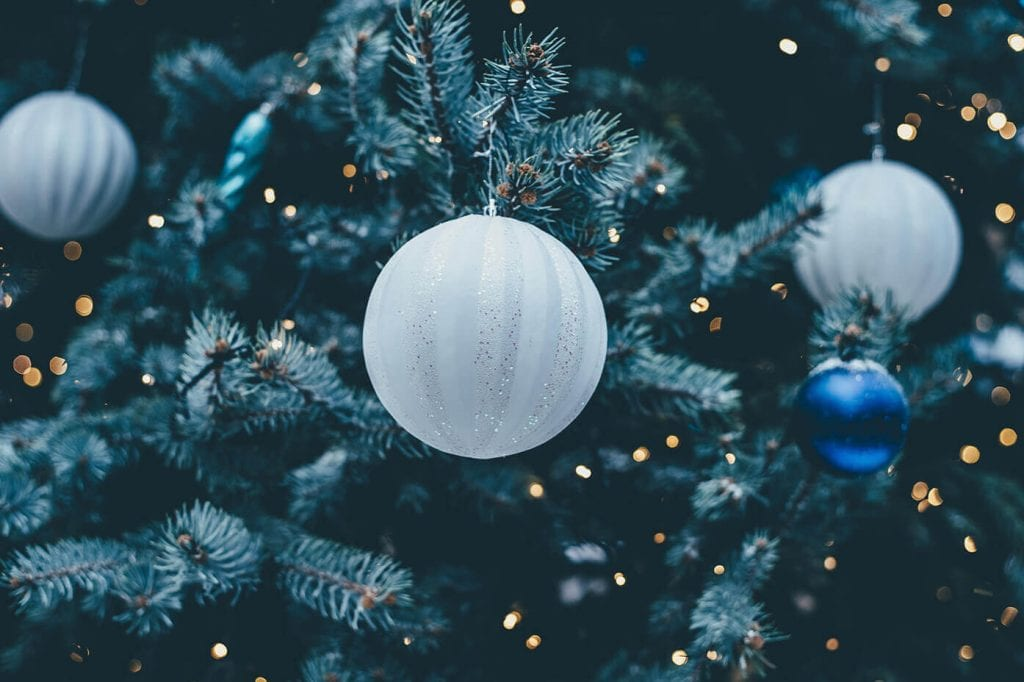 Create New Holiday Traditions After Divorce