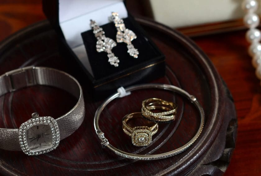 How Letting Go of Heirloom Jewelry Can Still Pay Tribute to a Loved One's Memory