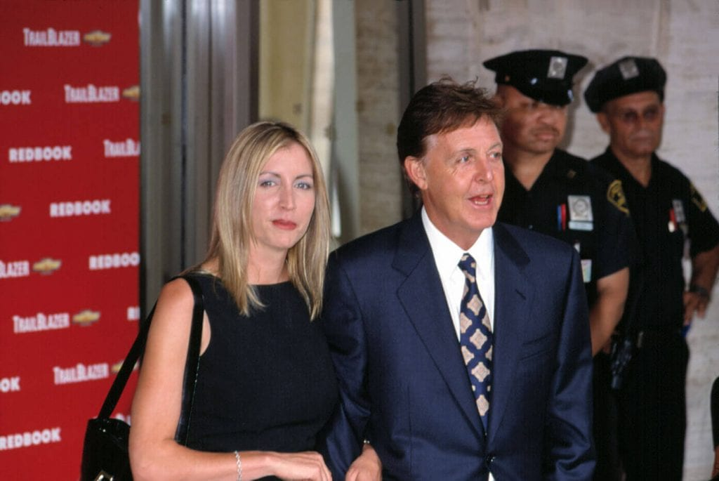 Paul McCartney with Heather Mills in 2001. Photo credit: Everett Collection / Shutterstock.com