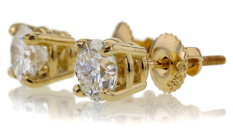 How to Identify Valuable Items In Your Jewelry Box | Worthy com