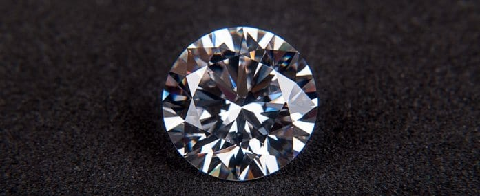 Header_1394x566_5things_know_before_buying_diamond