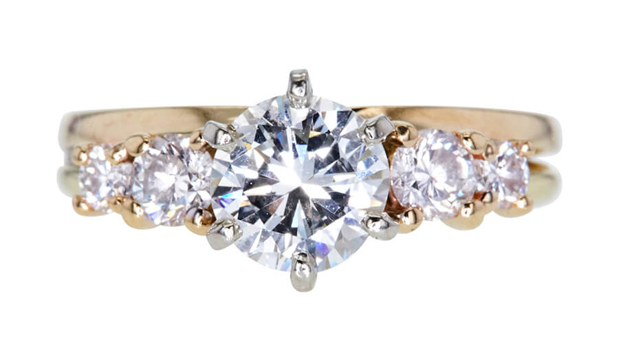 Kim's GIA 1.13 CT round cut bridal set ring, sold at auction on Worthy.