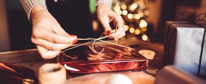 10 Gift-Giving Tips to Save Money (and Your Sanity!)