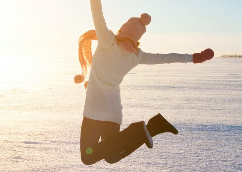 10 Ways to Beat the Winter Blues When You're Single